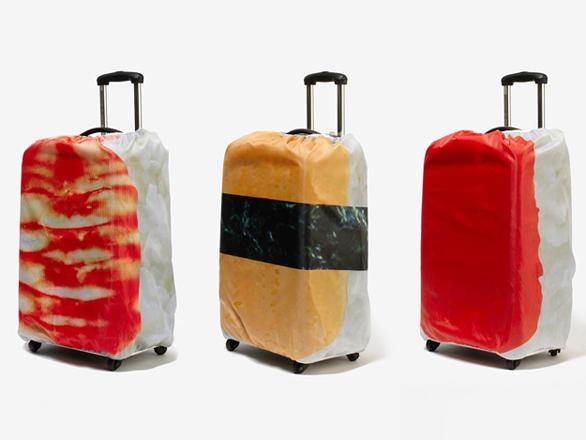 自分の荷物が一発で分かる! いろんな意味で「ネタ」になるスーツケースカバー