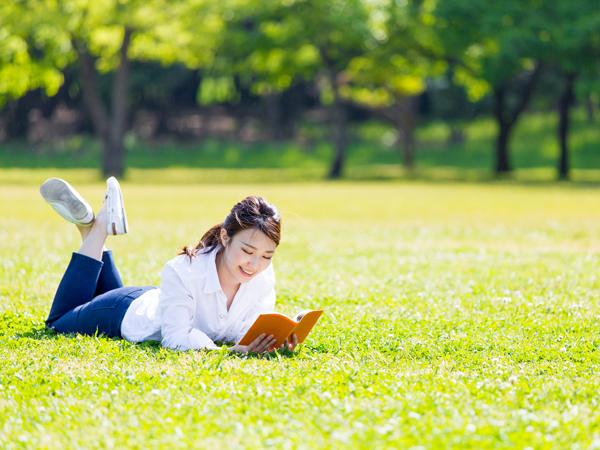 読書の秋にオススメする便利な読書グッズ3選
