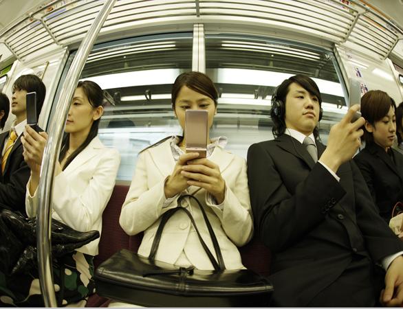ペースメーカーは、携帯電話・スマホで本当に誤作動するのか?
