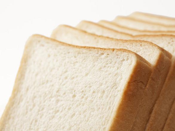 8枚切りパンはGHQの指令!? 関東と関西の食パンはなぜ違うのか