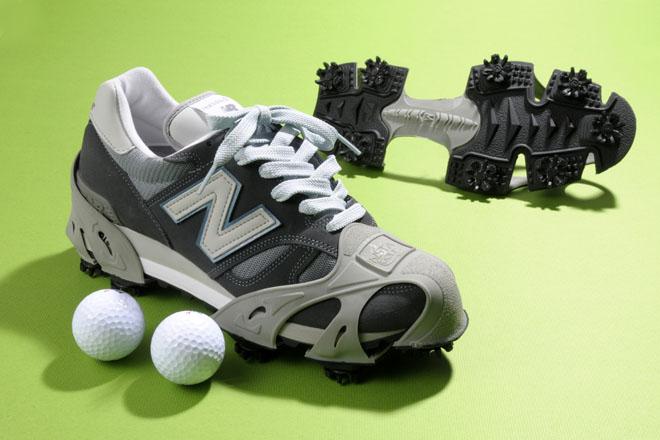 ゴルフシューズを買うより断然手軽。これからゴルフを始めたい初心者プレーヤーにもおすすめ 撮影:石井幸久