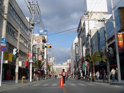 http://img.allabout.co.jp/gm/article/18824/kokusaidori091221.jpg