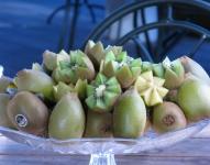 ビタミンCやビタミンE、葉酸、カリウム、食物繊維と栄養豊富なキウイフルーツ。