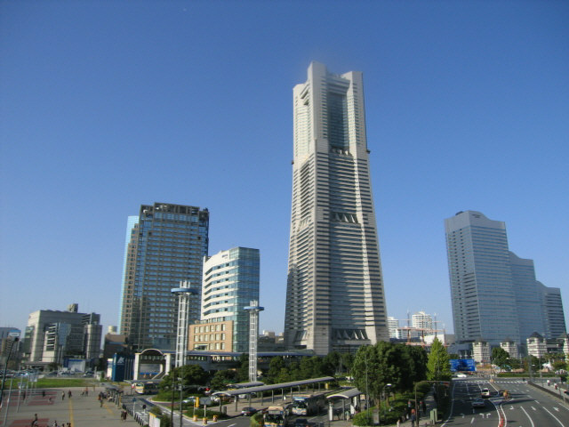 http://img.allabout.co.jp/gm/article/31475/minatomirai.jpg