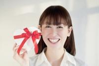 アベノミクスで日本の株価は上昇しました。しかし、まだまだ利回りの観点から魅力ある株主優待銘柄はたくさんあります。株主優待は人生の嬉しいプレゼント!