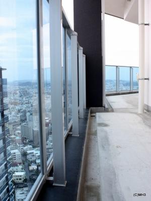 「リュークスタワー」最上階バルコニー 「リュークスタワー」最上階バルコニー 資産価値に期待 リュ