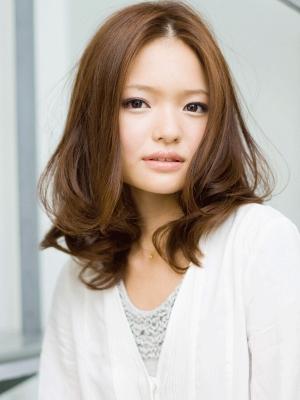 髪型 ロング エラ 髪型 ロング : エラ張りカバーミディアムヘア ...
