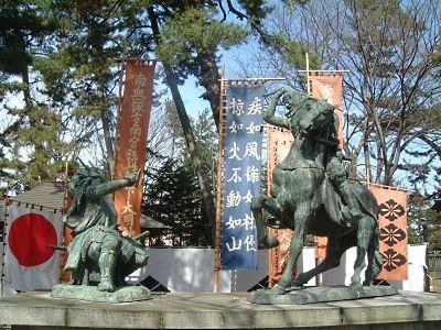 川中島古戦場/信玄・謙信一騎打ちの銅像