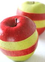 リンゴをスライス! サンふじと王林