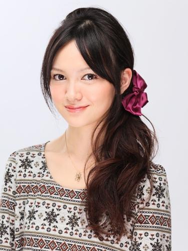 結婚式 髪型 花嫁 カジュアル