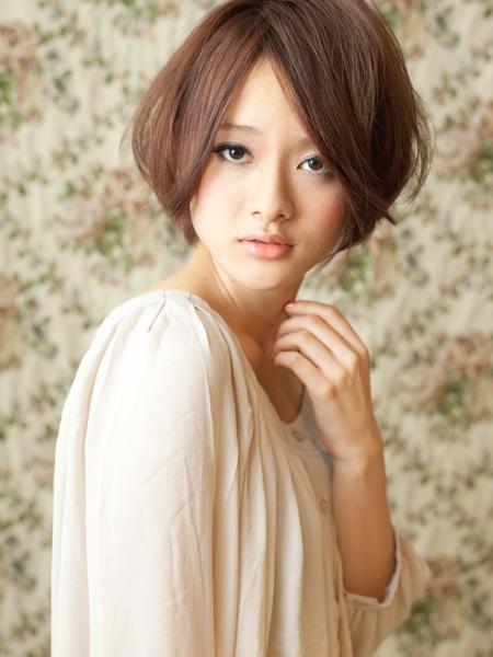 【画像集】前髪長めなショートヘア(丸顔は前髪を短くしない)秋のヘアアレンジ例・篠田\u2026