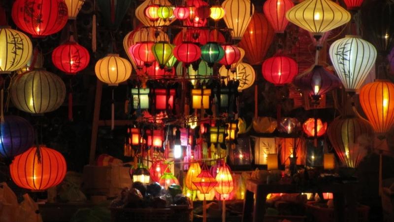ランタンの街・ホイアンで ... : 日本 有名な祭り : 日本