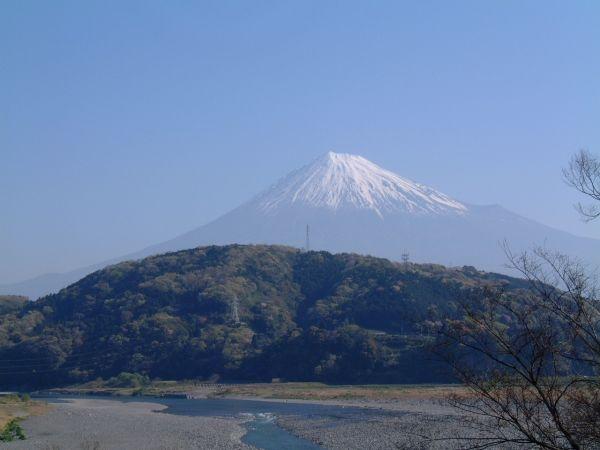 富士川楽座から眺める富士山