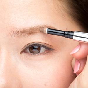【アプローチ3】描き足すのは「眉の下側」が正解